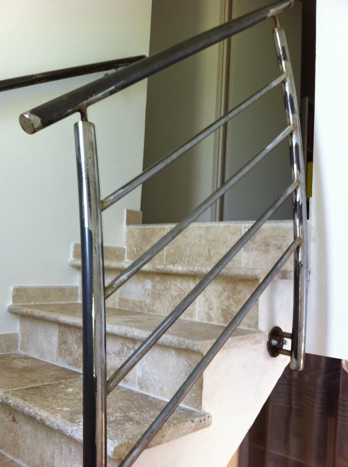 Rampe d escalier main courante 20170814074223 for Fenetre pvc oran