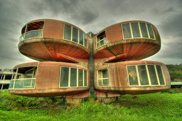 (2)The Basket Building (Ohio, United States)