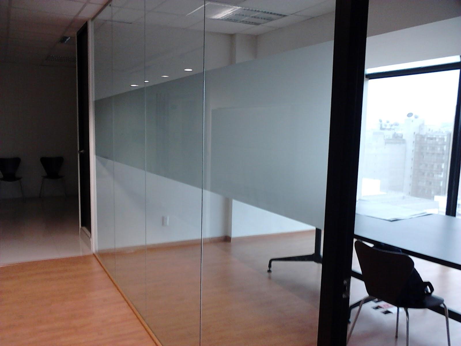 Betocronopio se alizaci n para puertas y muros de vidrio for Puertas de entrada con vidrio