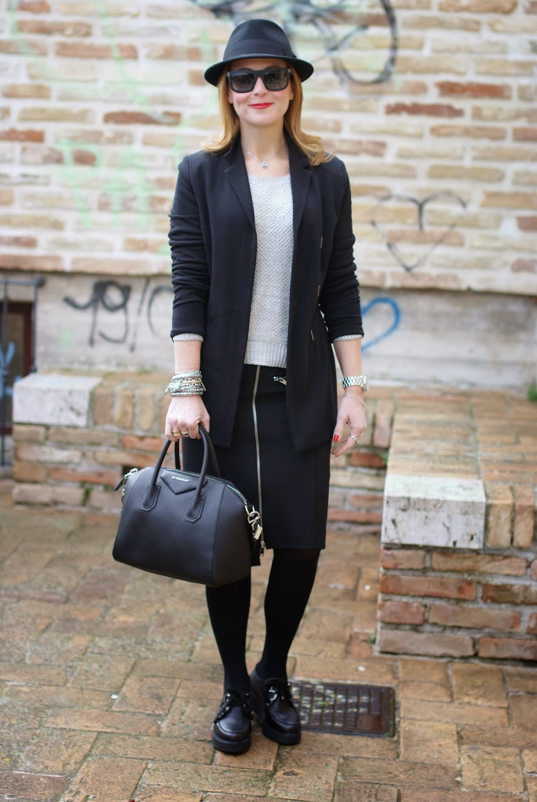 Zara zipper skirt, Nico Nico blazer, Givenchy Antigona bag, Fashion and Cookies, fashion blogger