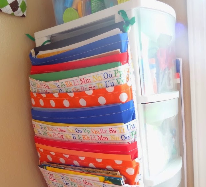 http://www.gyctdesigns.com/2014/03/diy-construction-paper-holder.html