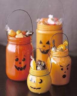 Decoración para Halloween con Materiales Reciclados: Botellas de Vidrio