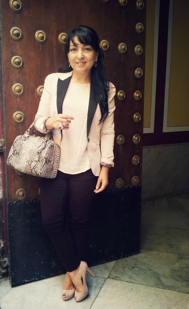 outfit+rosa+burdeos