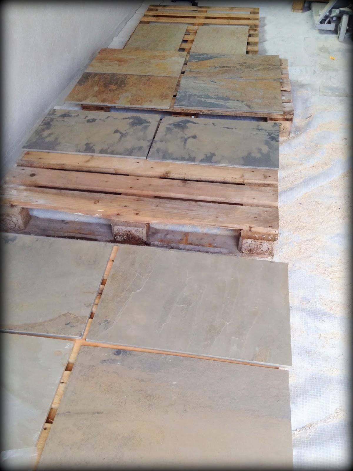 Stentavlor på golvet Villa Natura