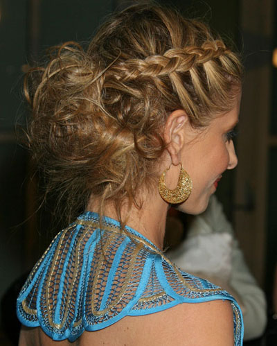 homecoming hairstyles with a braid
