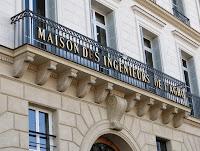 Balcon du 3 quai Voltaire à Paris