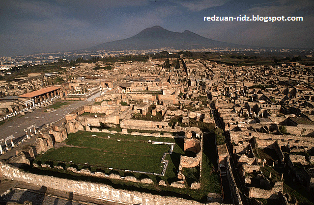 tinggalan kota pompeii