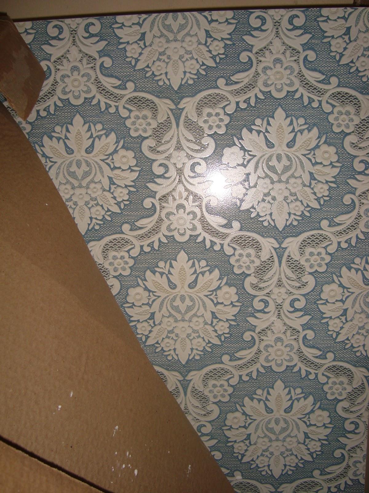 exato mas acho que foi na faixa de R$125 00 por metro quadrado #684B31 1200x1600 Banheiro Bege Com Faixa