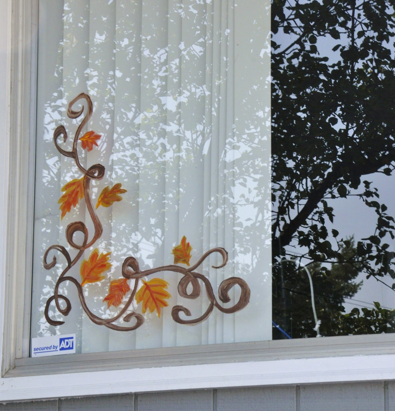 Watercolors by jen taylor window painting for Christmas art painting ideas