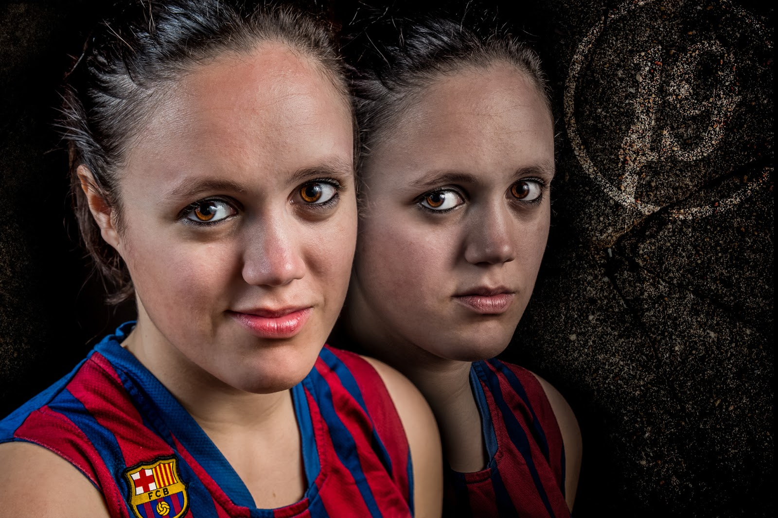 Ari 19 - CBS Barça Senior Femenino A - 2013 :: 2 x Canon EOS 5D MkIII | ISO100 | Canon 24-105 @50&58mm | f/11 | 1/60s