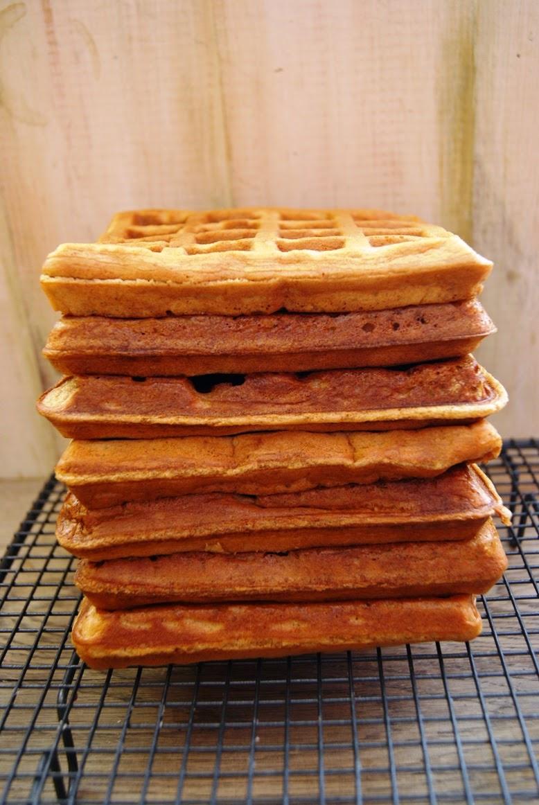 Gofry, gofry orzechowe, zdrowe gofry, pyszne gofry, chrupiące gofry, II śniadanie do szkoły, Lunch, II śniadanie do pracy, Lunchbox, Dzieci jedzą