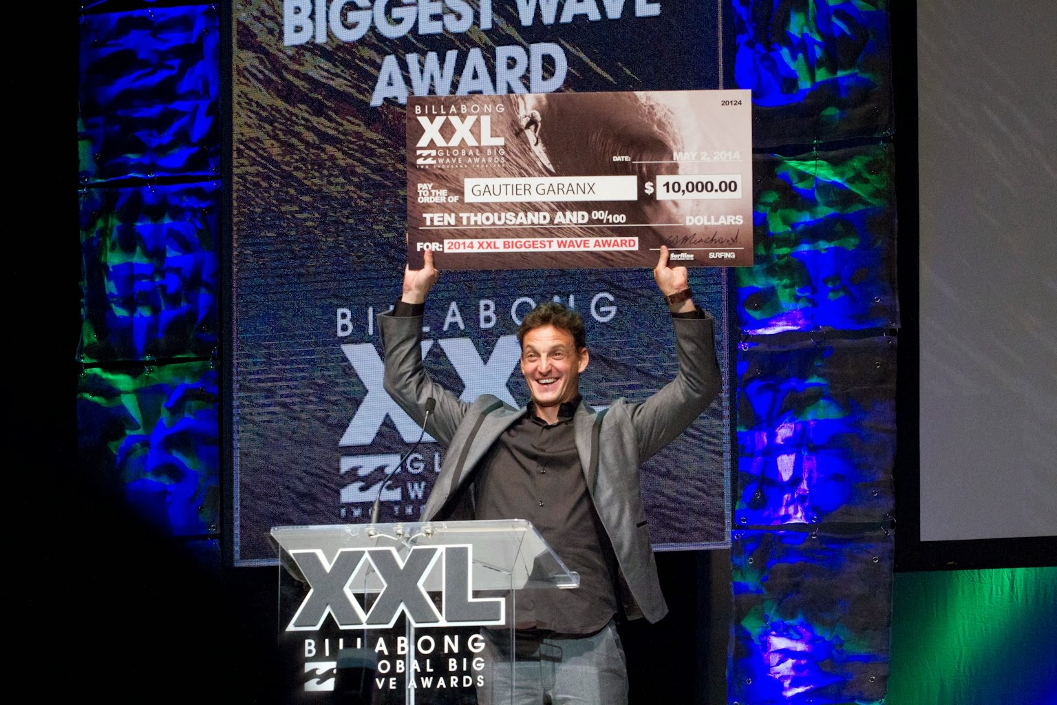 Gautier Garanx bigest wave award billabong xxl 2014