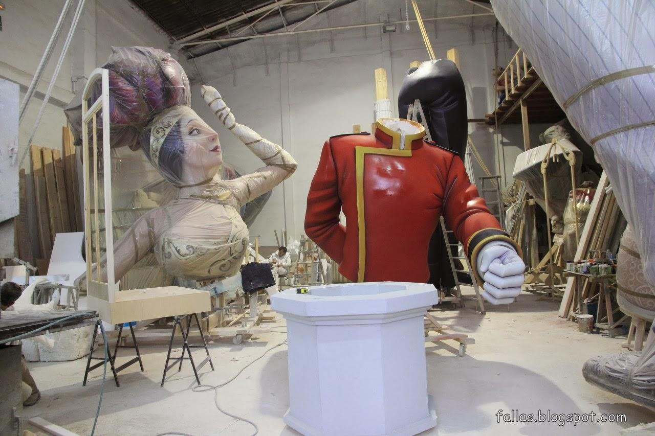 Visite de l 39 atelier de enrique viguer fallas de valencia - Atelier valencia ...