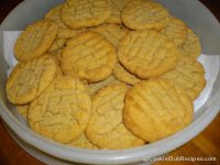 Giant Peanut Butter Cookies Recipe by CookieClubRecipes