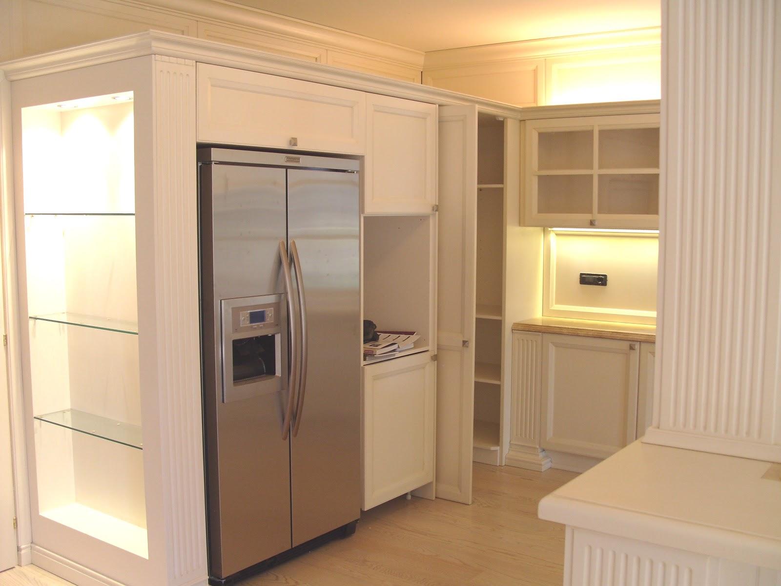 cucine moderne bianche classiche : ... di qualit?: Cucine classiche laccate bianche-Produciamo su misura