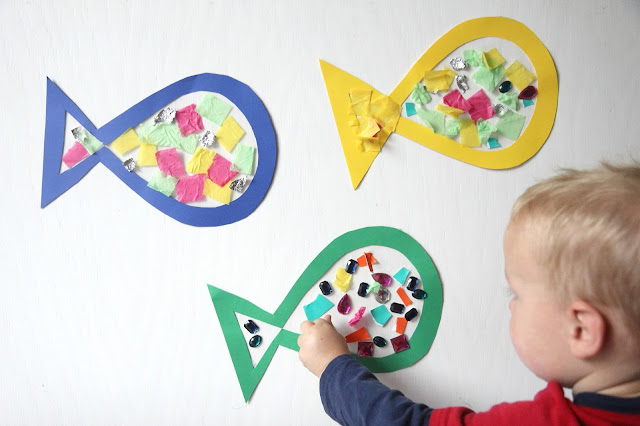 Toddler approved sticky fish craft for toddlers for Fish for toddlers