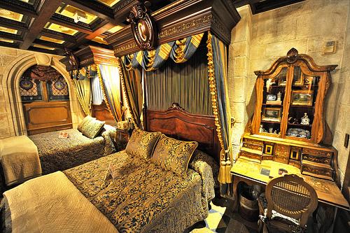 Adore Decor Cinderella S Castle Suite