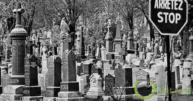 Dilarang meninggal di Sarpourenx, Prancis
