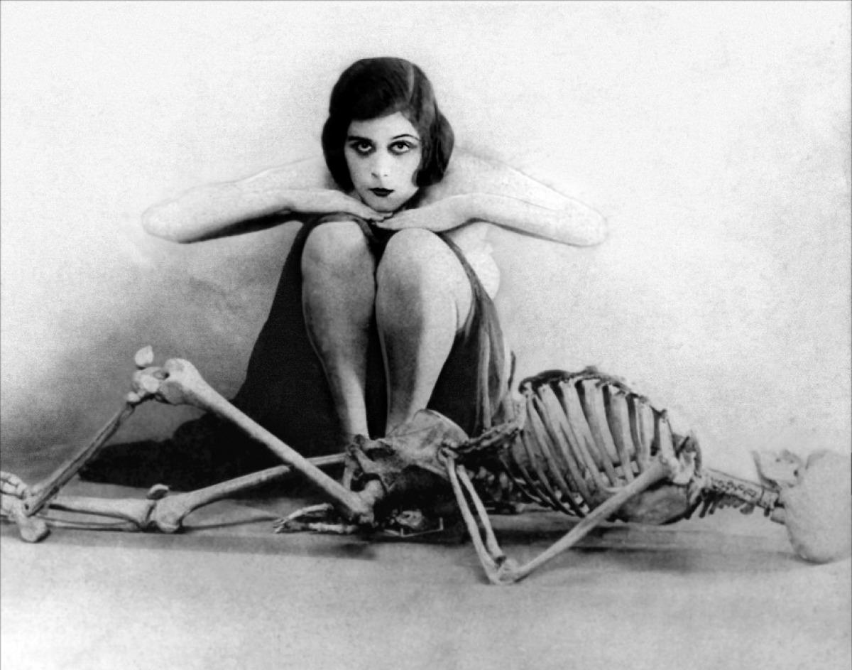 A vamp and femme realdoe encounter 5