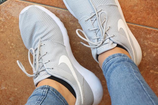 Nike Roshe Run von Bloggerin Fleur et Fatale getragen.