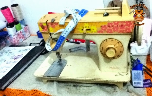 Singer maquina de costura anos 60 brazil patchwork show balaio de tigre artesanato