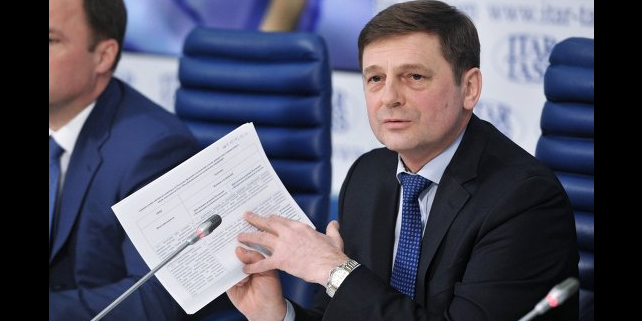 Roscosmos Head Oleg Ostapenko at news conference on April 24, 2014. Credit: ITAR-TASS