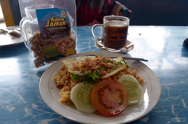 Hasil gambar untuk restoran Mbak Mien