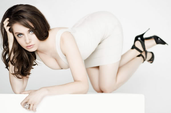 Alison Brie Beautiful Artist Holliwood 2012
