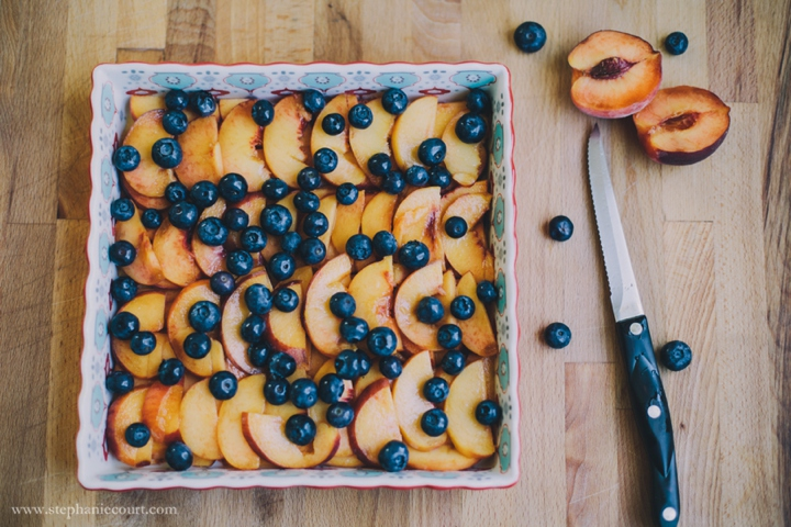 peach-blueberry-crisp