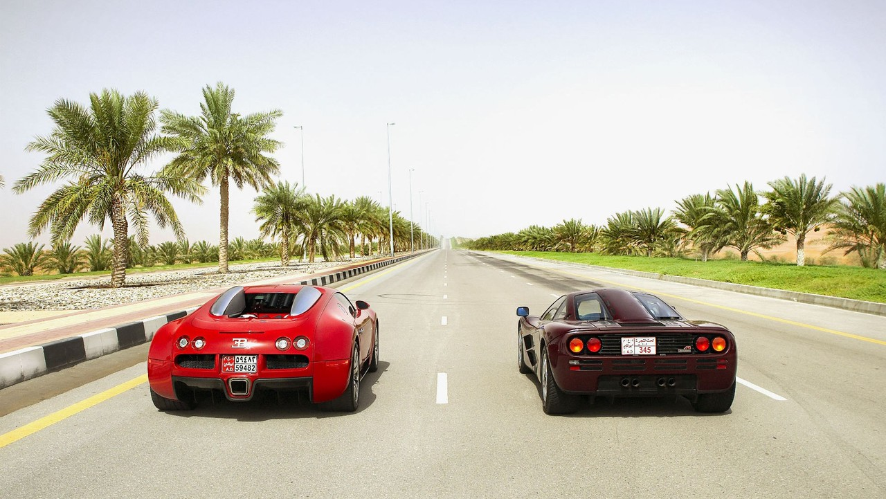 bugatti veyron vs mclaren f1 super cars. Black Bedroom Furniture Sets. Home Design Ideas