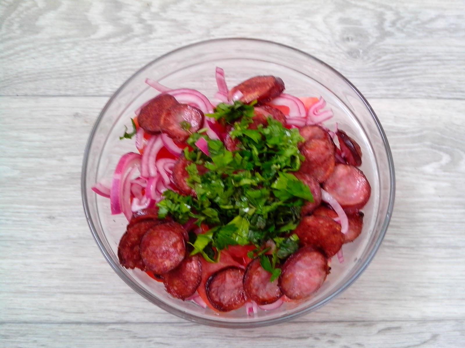 Салат лесоруб рецепт охотничьи колбаски
