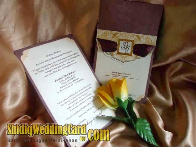 http://www.shidiqweddingcard.com/2014/03/bi-009-c.html