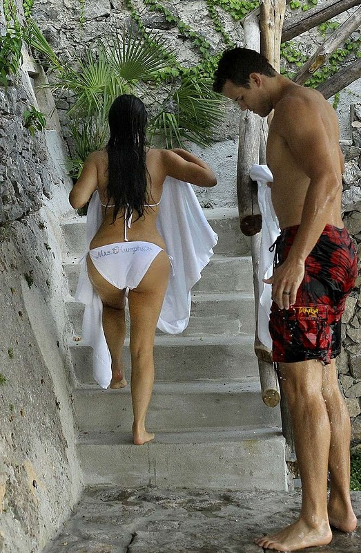 Kim Kardashian in Bikini With Her Husband