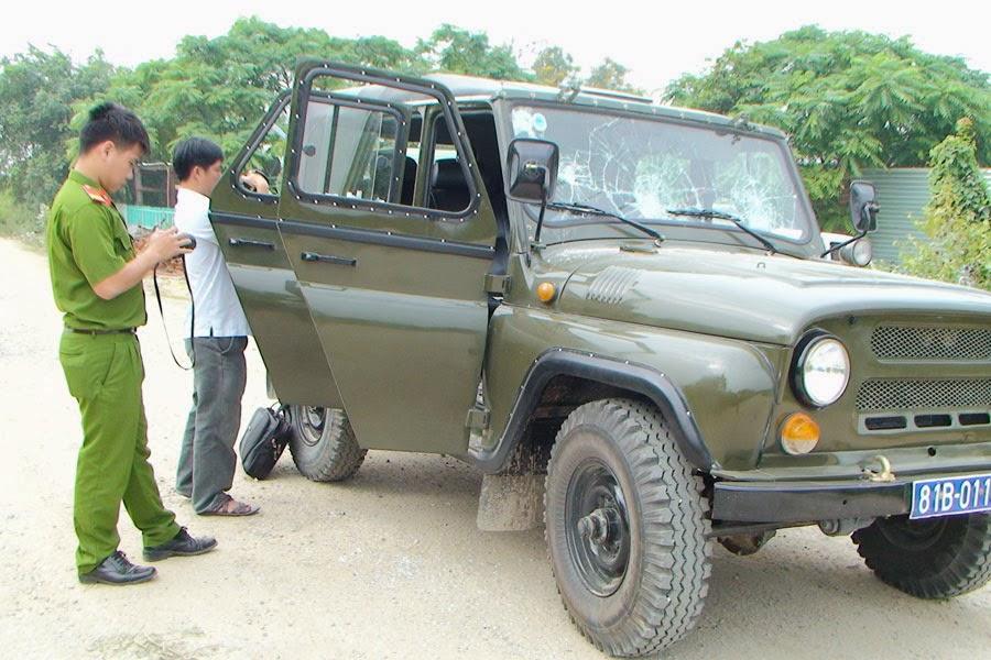 Krông Pa: Xe của đội Quản lý Thị trường số 8 bị ném đá khi đi làm nhiệm vụ