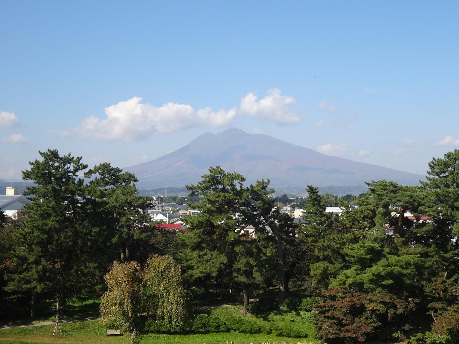 岩木山,弘前公園,青森〈著作権フリー画像〉Free Stock Photos