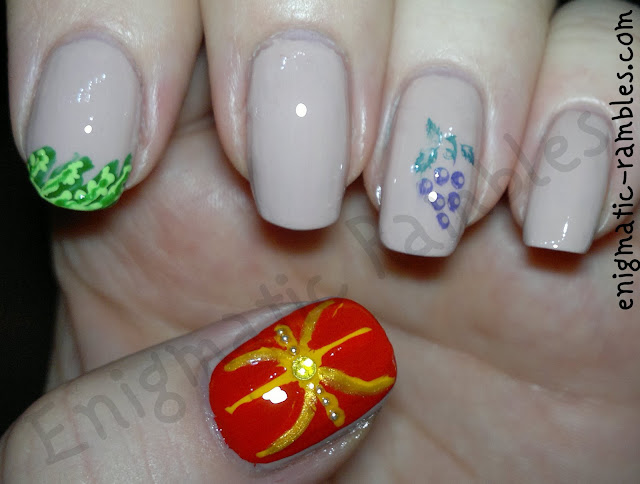 ancient-rome-nails-nail-art-laurel-wreath-roman-shield