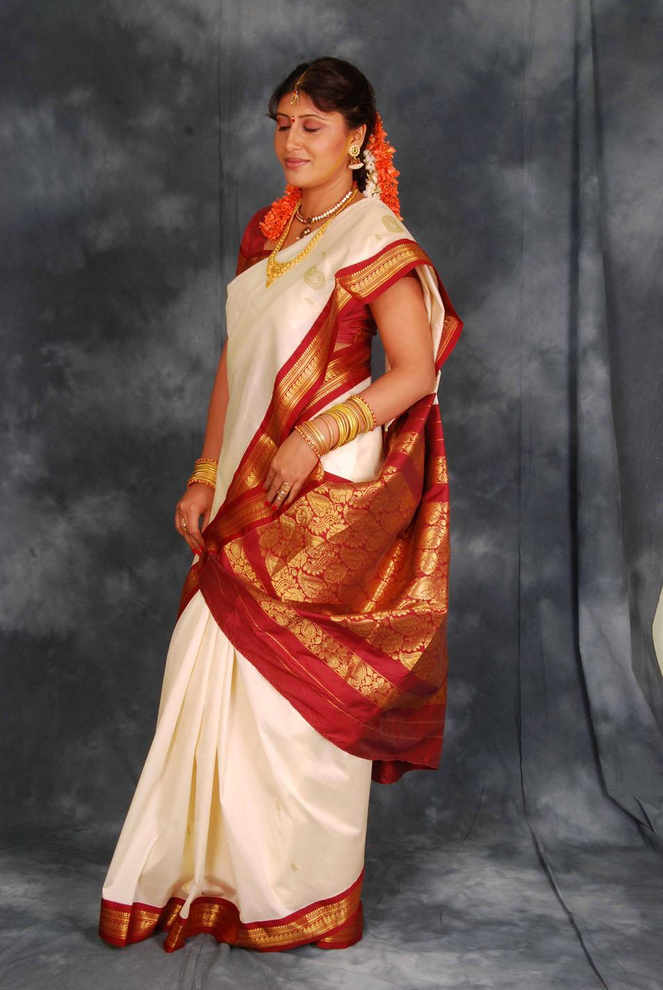 4562a9478e6a43d8ae8d7be7b1270aa1 Tamil Actress Ranjitha Photo Gallery. Tuesday, April 12, 2011