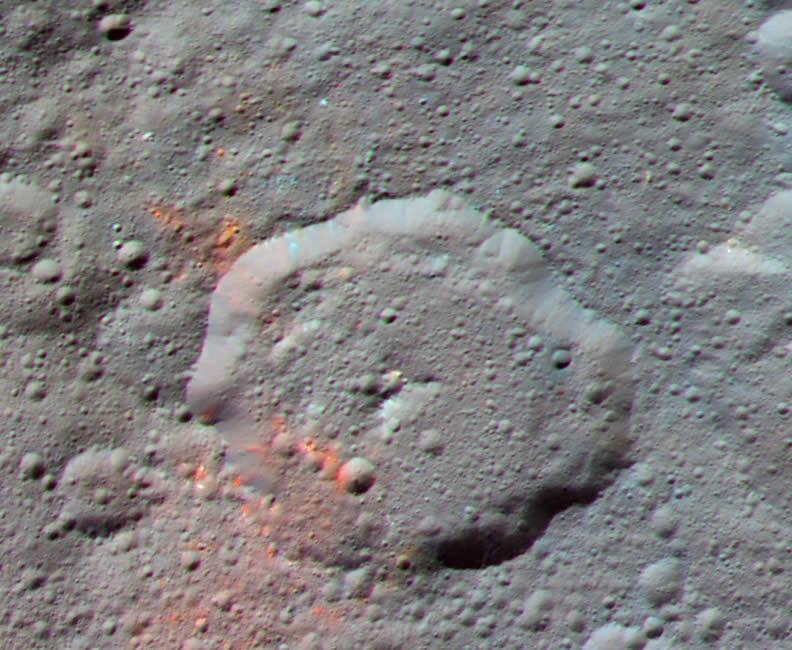 Dawn Descubre Evidencias de Material Orgánico en Ceres