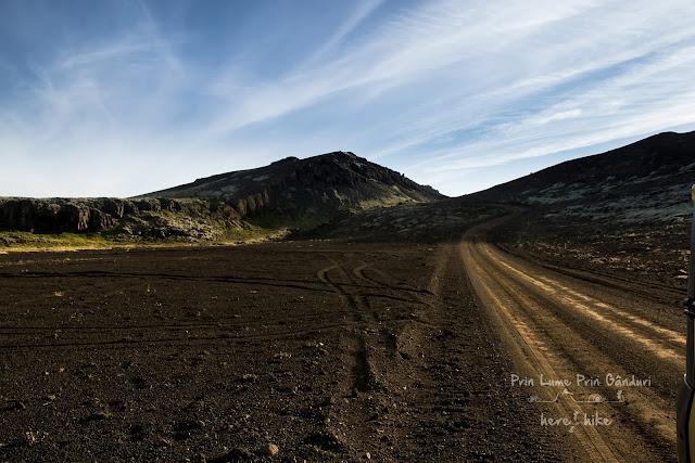 honeymoon-iceland-reykjanes-peninsula-Djúpavatn