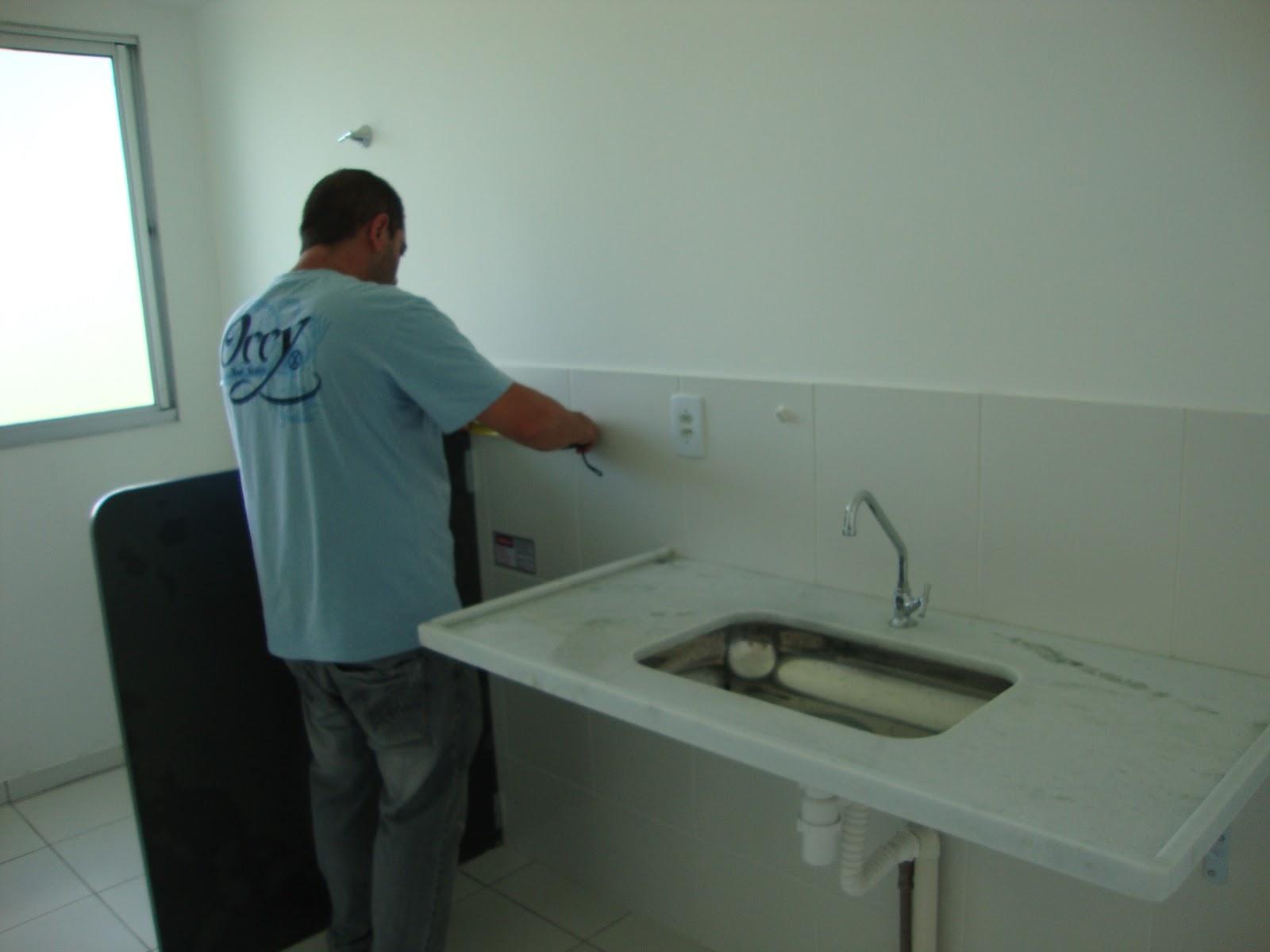 Futuro lar da Nai e Ric REVESTIMENTO COZINHA -> Armario Para Banheiro Center Castilho