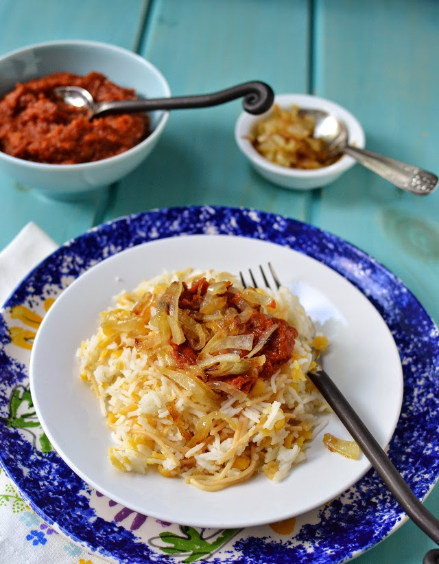 Koshari (Vegetarian Rice & Lentil Dish)