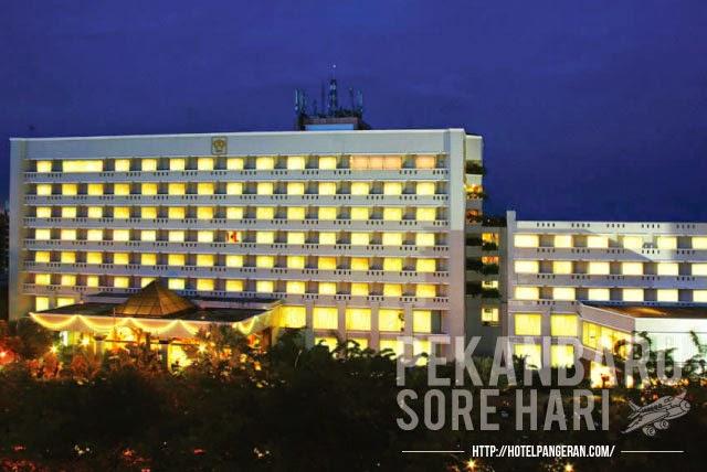 Rp 23 Juta Permalam Hotel Ini Bisa Menjadi Salah Satu Pilihan Dan Rekomendasi Pula Ketika Anda Keluarga Berkunjung Ke Padang Atau Pun Pekanbaru