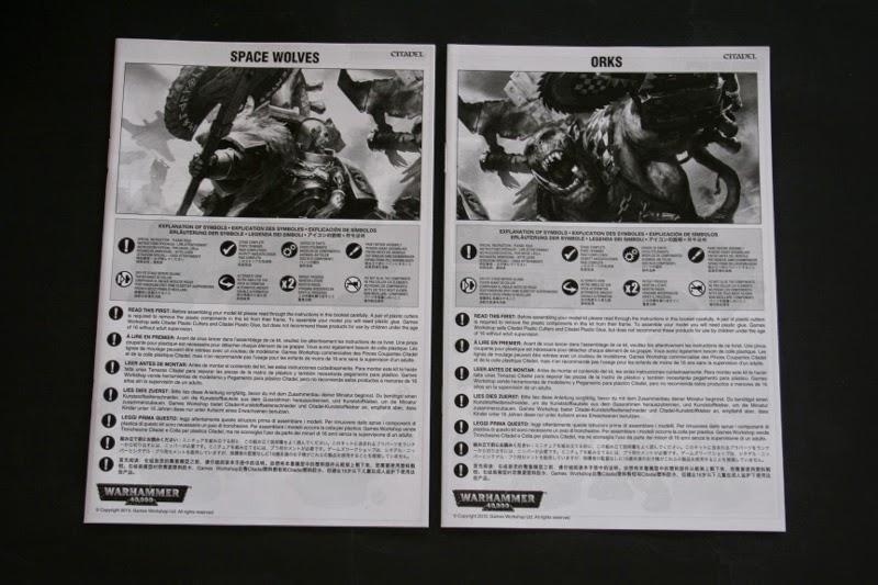 dos completos manuales de montaje, unos para los Orkos y otro para los Lobos Espaciales