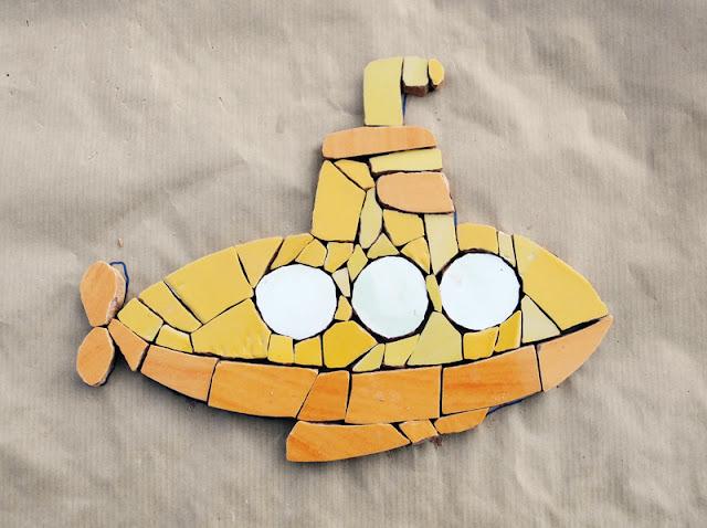 mozaika artystyczna - żółta łódź podwodna