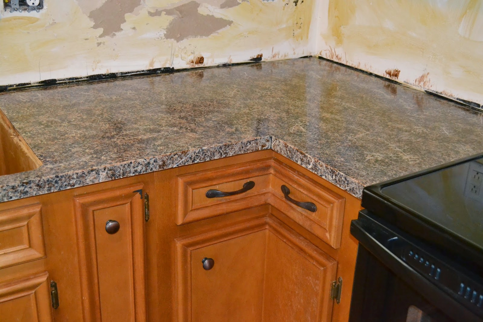 Countertop Paint Instructions : Bourne Southern: DIY Granite Countertops Under $80!!