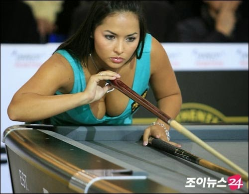 shanelle loraine hottest pool player 04