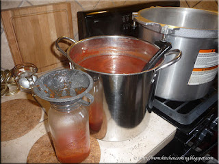 bottling the tomato puree