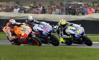 Klasemen Sementara Terbaru MotoGP 2015: Rossi-Lorenzo Selisih 7 Poin