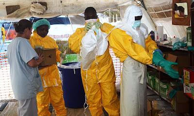 http://1.bp.blogspot.com/-1xUhNLO74VU/U9SRTscWTEI/AAAAAAABIYw/vFnlRMrvJwY/s1600/ebola+doctors.jpg