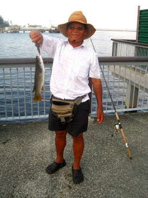 Mullet or Chow Orh [ 草乌 ] Season at Woodland Jetty Fishing Hotspots was created to share with those who are interested in fishing on tips and type of fishes caught around Woodland Jetty Fishing Hotspots.